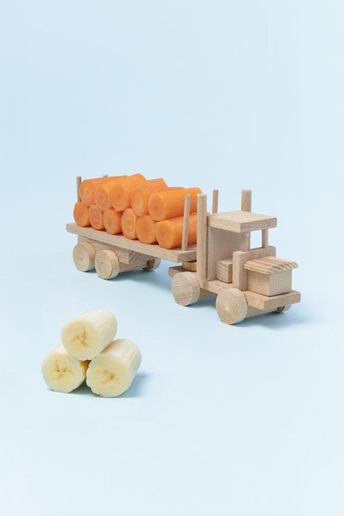 Photo Camion Carotte et rouleaux de banane pour l'article blog sur la diversification alimentaire