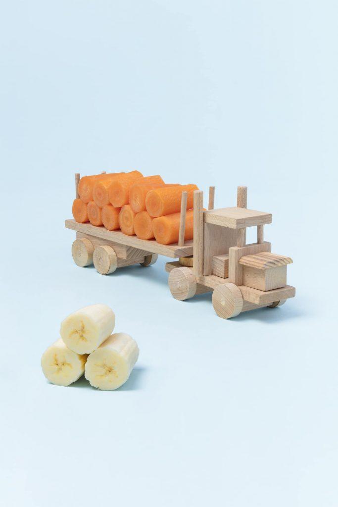 Jouets de carottes et bananes