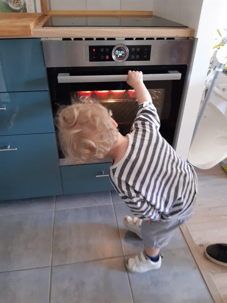 Enfant_cuisine_post_partum_ta_mere